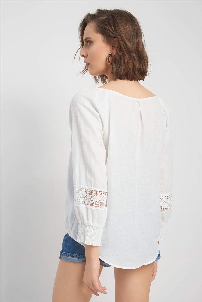 Orsay γυναικεία μπλούζα με κορδόνι στην λαιμόκοψη 2