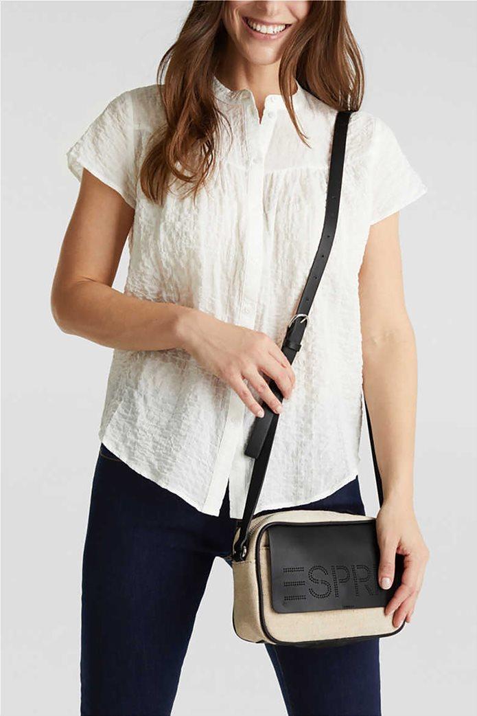 Esprit γυναικεία τσάντα ώμου με διαφορετικές υφές και διάτρητο logo 1