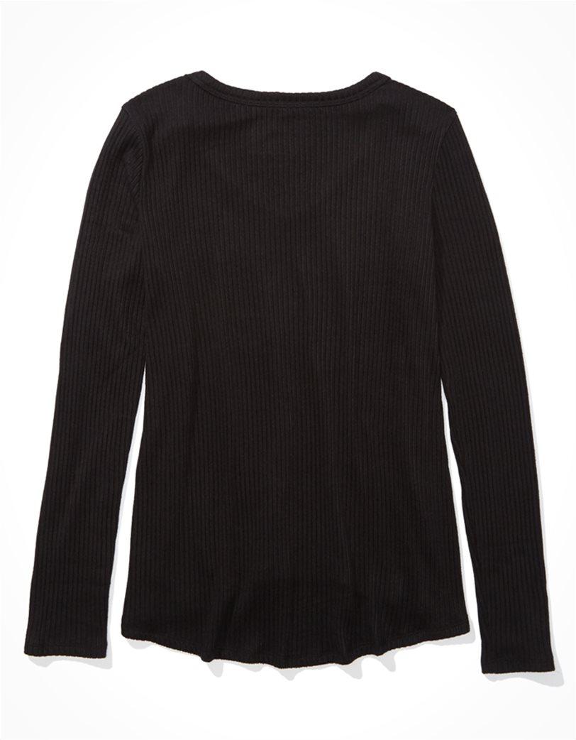 AE Long Sleeve V-Neck T-Shirt 1