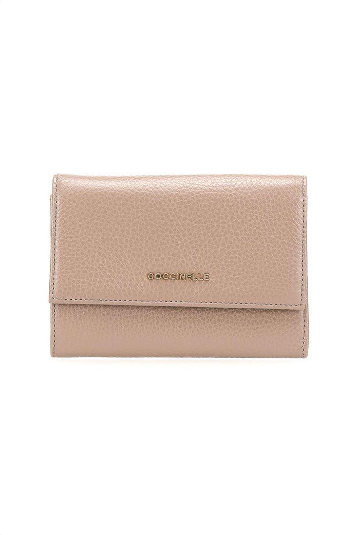 Coccinelle γυναικείo πορτοφόλι με flap κλείσιμο Metallic Soft 0