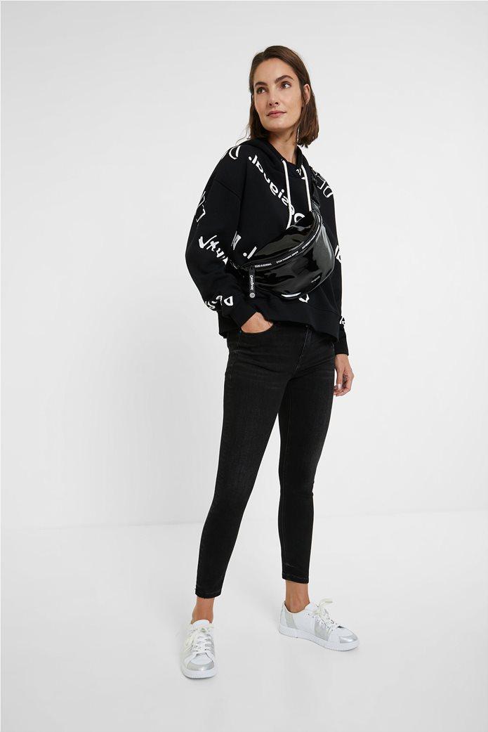 "Desigual γυναικείο φούτερ με logo print all-over ""Chad"" Μαύρο 2"