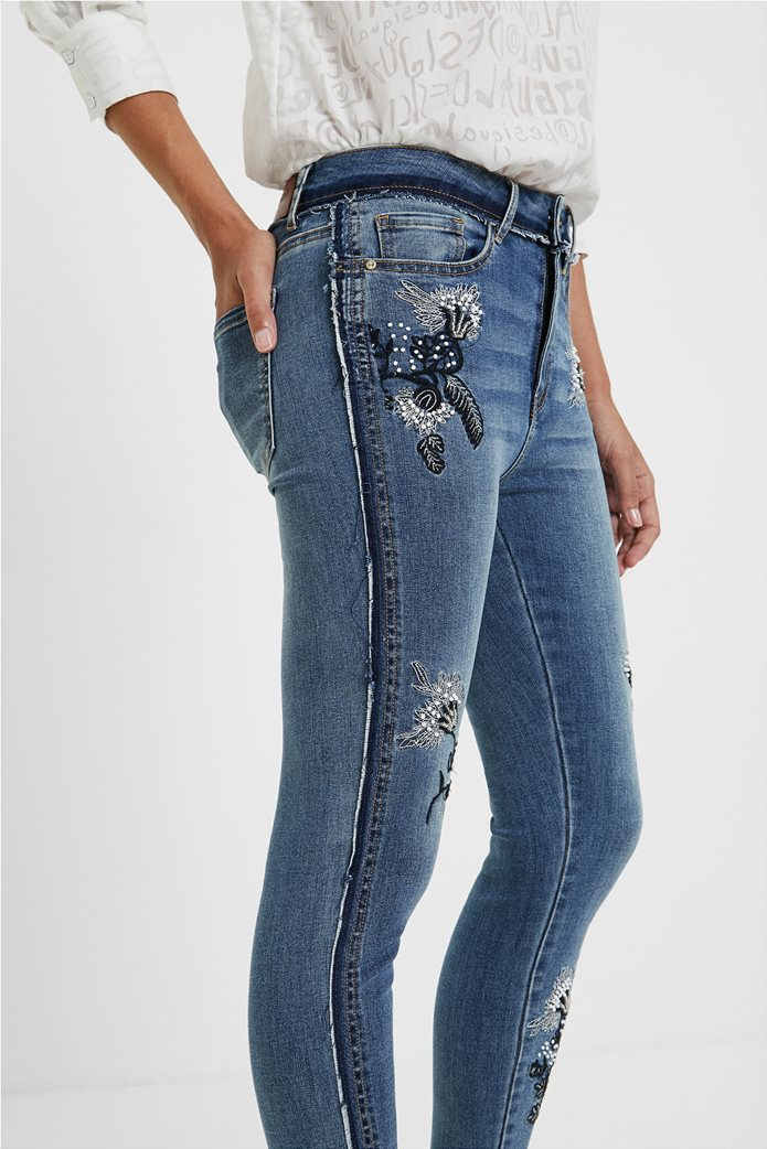 Desigual γυναικείο τζην παντελόνι με κεντήματα ''Miami'' Μπλε 1