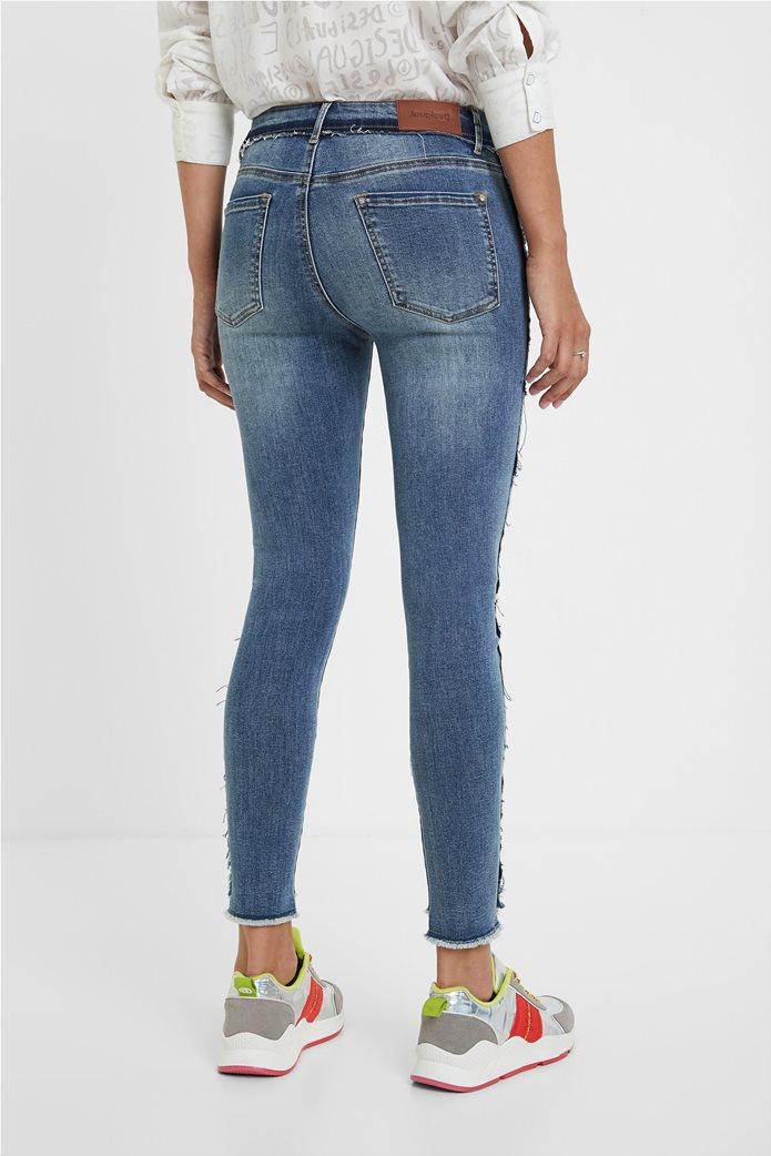 Desigual γυναικείο τζην παντελόνι με κεντήματα ''Miami'' Μπλε 3