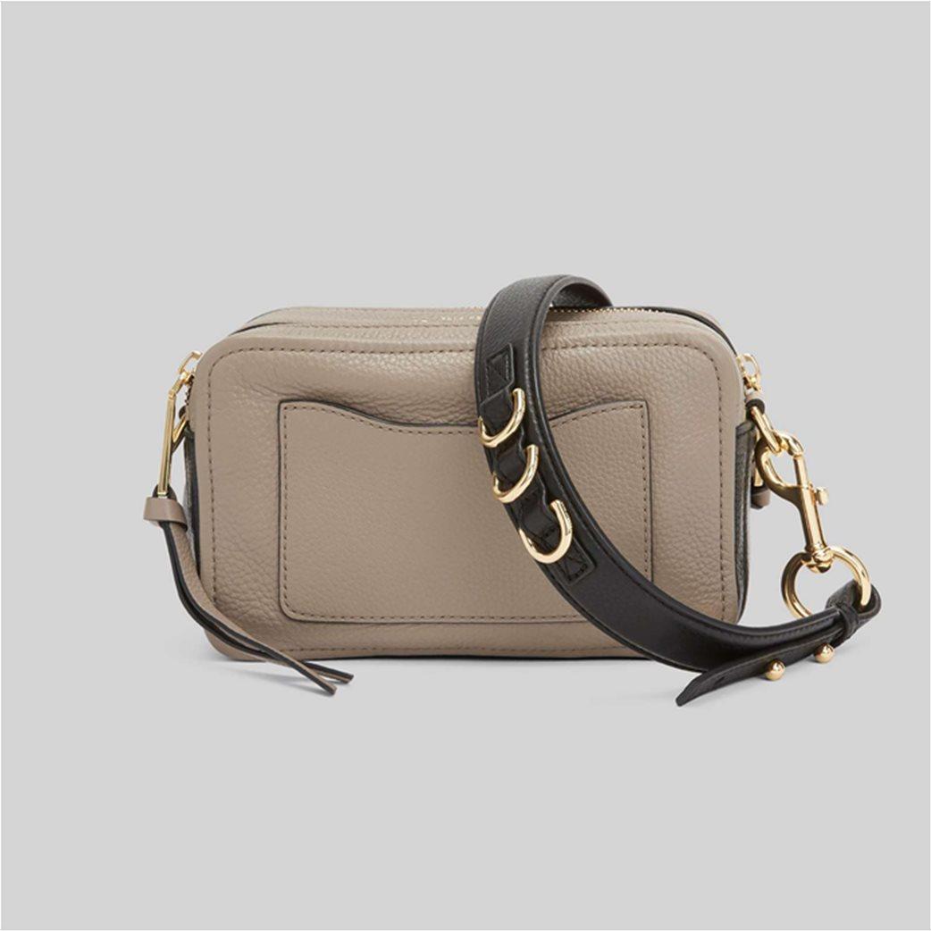 "Marc Jacobs γυναικεία δερμάτινη τσάντα crossbody με μεταλλικό logo ""The Softshot 21"" Μπεζ 3"