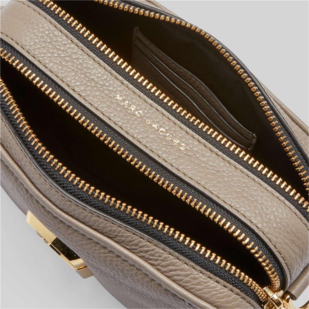 "Marc Jacobs γυναικεία δερμάτινη τσάντα crossbody με μεταλλικό logo ""The Softshot 21"" Μπεζ 4"