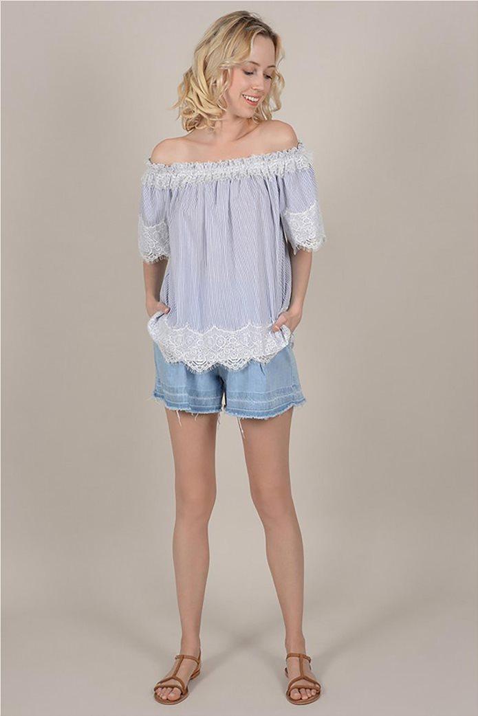 Molly Bracken γυναικεία ριγέ μπλούζα με carmen λαιμόκοψη και δαντέλα 1