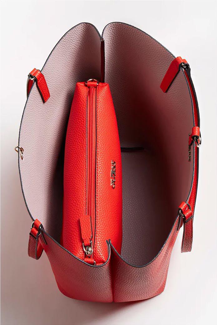 Guess γυναικεία τσάντα ώμου με μεταλλικό λογότυπο ''Alby'' 4