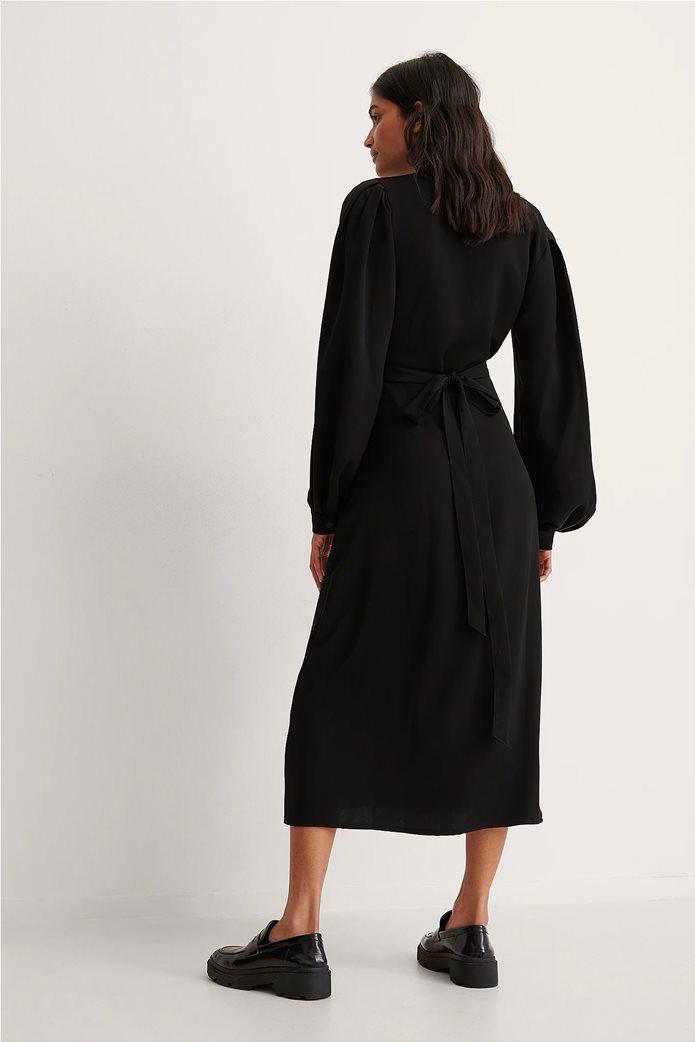 NA-KD γυναικείο midi φόρεμα κρουαζέ με puff μανίκι και ζώνη στη μέση 1