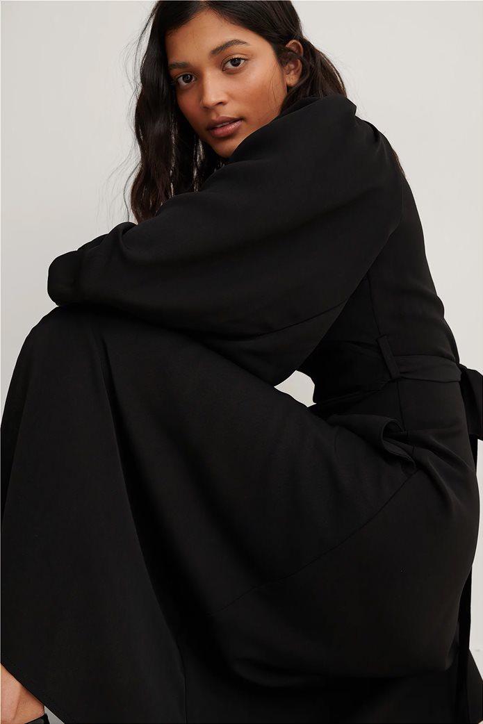 NA-KD γυναικείο midi φόρεμα κρουαζέ με puff μανίκι και ζώνη στη μέση 2