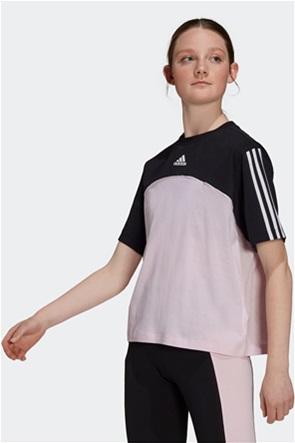 "Adidas γυναικείο T-shirt colourblocked ""Essentials 3-Stripes"""