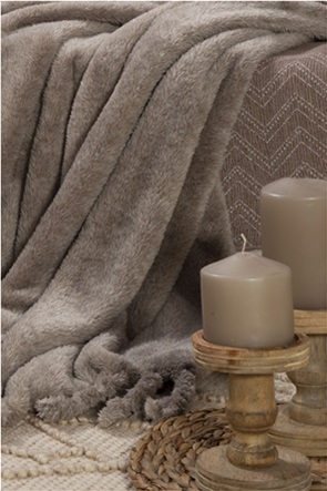 "NEF-NEF γούνινη κουβέρτα καναπέ με κρόσσια ""Cationing"" 130 x 170 cm"