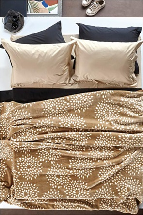 """Kentia κουβέρτα υπέρδιπλη με σχέδιο """"Skylar 26"""" 220 x 240 cm"""