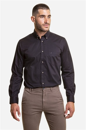 The Bostonians ανδρικό πουκάμισο μονόχρωμο με κεντημένο λογότυπο και μία τσέπη