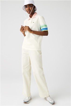 Lacoste γυναικεία πόλο μπλούζα με ριγέ λεπτομέρειες στα μανίκια