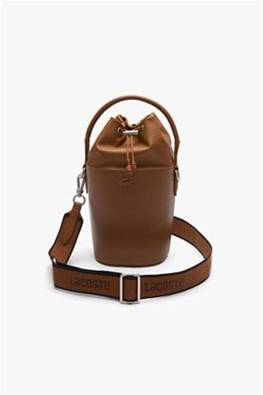Lacoste γυναικεία τσάντα bucket με ανάγλυφο σχέδιο