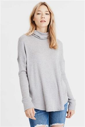 AE Long Sleeve Turtleneck T-Shirt