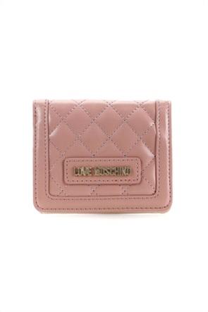 76dc2ea597ba Love Moschino γυναικείο πορτοφόλι καπιτονέ με κόκκινο περίγραμμα. 110