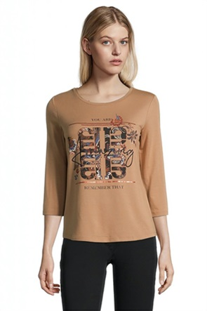 Betty Barclay γυναικεία μπλούζα με letter print