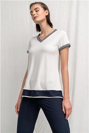 Alexander & Jacob γυναικεία μπλούζα με V λαιμόκοψη και contrast λεπτομέρειες