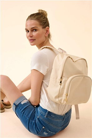 Orsay γυναικείο backpack μονόχρωμο με μεταλλικές λεπτομέρειες