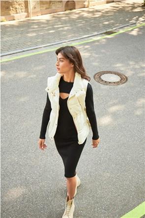 Orsay γυναικείο αμάνικο μπουφάν καπιτονέ με ψηλό γιακά