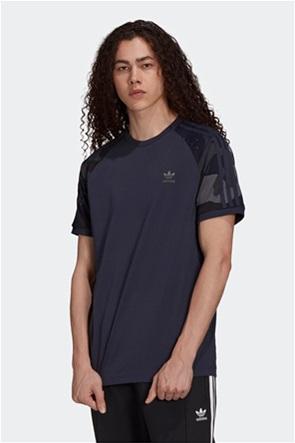 "Adidas ανδρικό T-shirt με ""Graphics Camo Cali"""