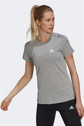 "Adidas γυναικείο T-shirt μονόχρωμο ""Aeroready Designed 2 Move"""