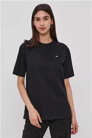 Vans γυναικείo T-shirt μονόχρωμο με κεντημένο logo patch
