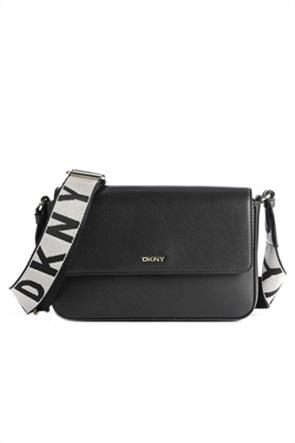 DKNY γυναικεία τσάντα crossbody με μεταλλικό λογότυπο ''Winonna''