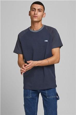 "JACK & JONES ανδρικό T-shirt με logo patch στο στήθος ""Interlock"""