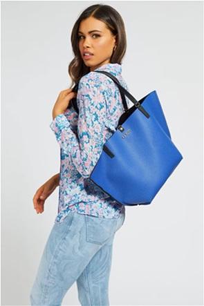 Guess γυναικεία τσάντα ώμου με μεταλλικό λογότυπο ''Alby''