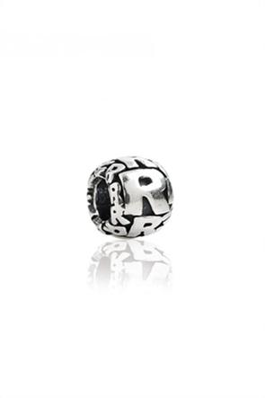 Tedora ασημένιο στρογγυλό charm με ανάγλυφα γράμματα ''Letter R''