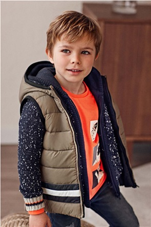 Mayoral παιδικό γιλέκο καπιτονέ διπλής όψης με κουκούλα (2-9 ετών)