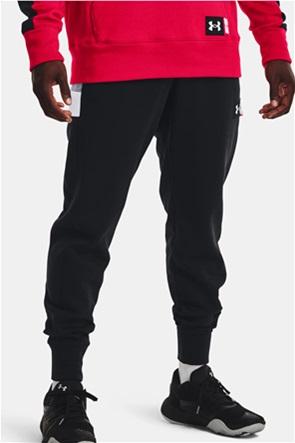"Under Armour ανδρικό παντελόνι φόρμας με logo patch ""Men's UA Baseline Joggers"""