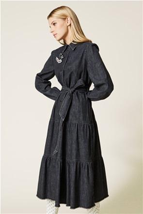 """Twinset γυναικείο midi denim φόρεμα με καρφίτσα στο πέτο """"Diamond"""""""