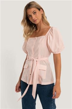 NA-KD γυναικεία μπλούζα μονόχρωμη με puff μανίκι και ζώνη στη μέση