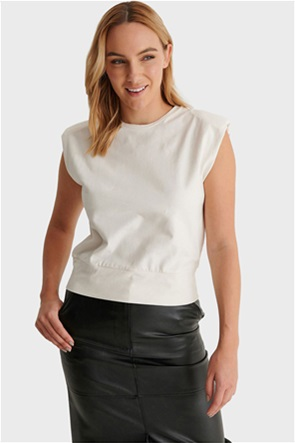 NA-KD γυναικεία μπλούζα αμάνικη με βάτες στους ώμους