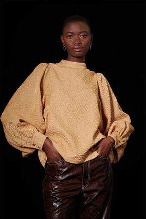 "Ghospell γυναικεία μπλούζα με ανάγλυφο σχέδιο και άνοιγμα στην πλάτη ""Exchange"""